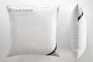 Lakebos karina pillow